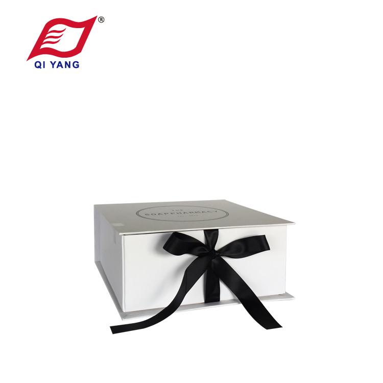 QY Gift Box 009